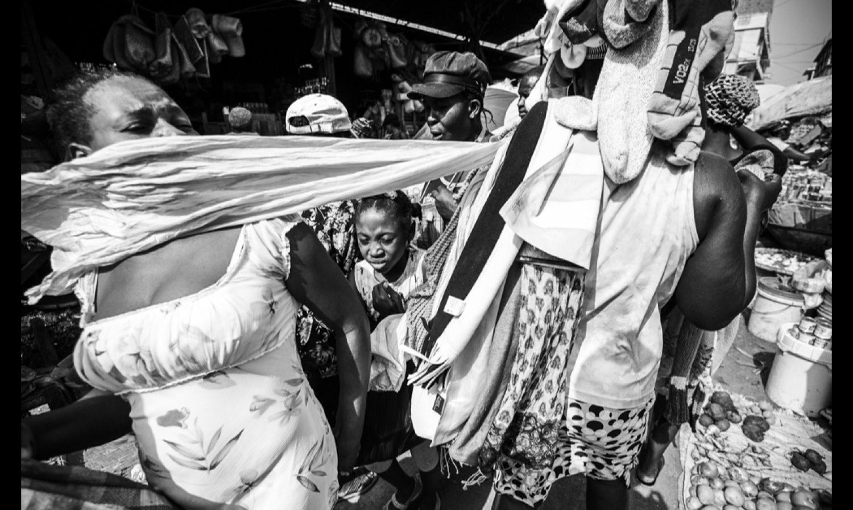 Swipe: the Cap-Haitian market…